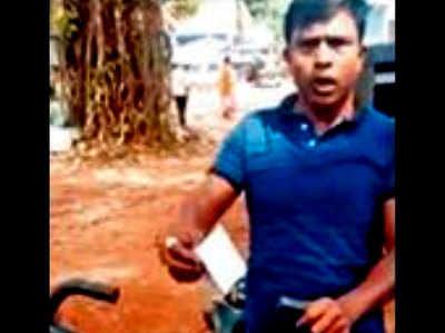 कासिम का कहना है कि पुलिस ने 2 हजार रुपये का जुर्माना लगाया है।