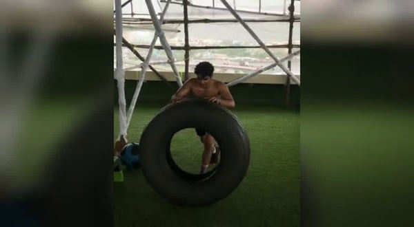 watch ishaan khatters workout