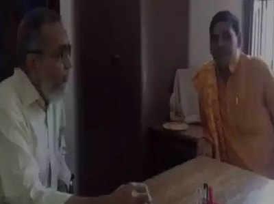 प्रिंसिपल माजिद के साथ शिव कुमार