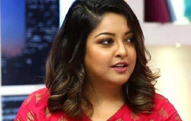 तनुश्री दत्ता यौन शोषण मामला: महाराष्ट्र महिला आयोग ने नाना पाटेकर को भेजा नोटिस