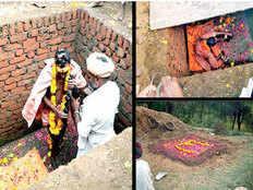 tantrik rescued after 8 hours of samadhi in bhilwara