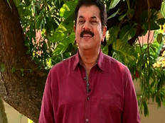 me too malayalam police cant register case against mukesh