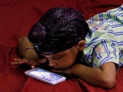 smartphone harm: स्मार्ट बच्चों के लिए ...