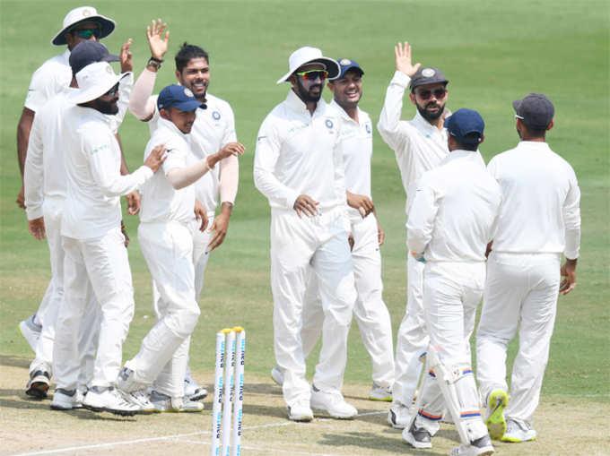 हैदराबाद टेस्ट: भारत का परफेक्ट-10, बने ये रेकॉर्ड्स