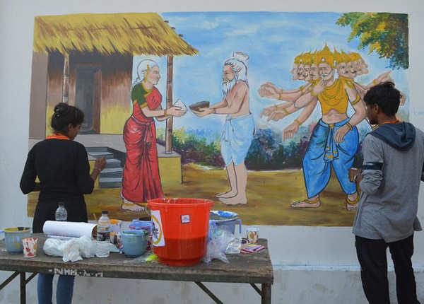 10 राज्य, 150 कलाकार और दीवारों पर रामचरितमानस