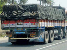 teen flees with truck from haryana but held in hathras due to lack of fuel