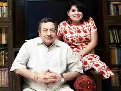 पिता विनोद दुआ के साथ मल्लिका