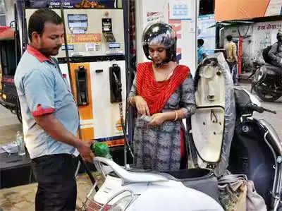डीजल का दाम 10वें दिन भी बढ़ा, 2.50 रुपये की सब्सिडी हुई बेअसर