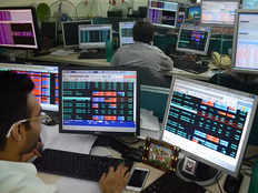 nifty and sensex extend gains
