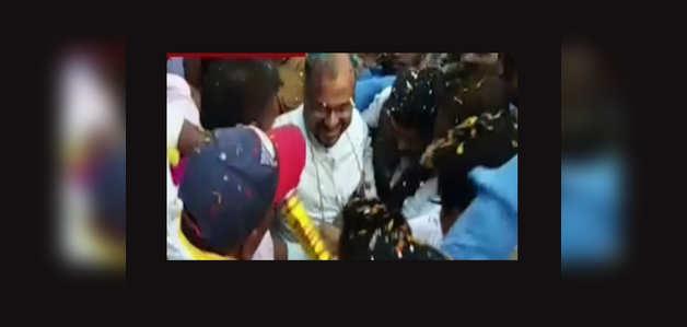 केरल नन रेप केस: आरोपी बिशप फ्रैंको मुलक्कल का जमानत के बाद जालंधर में जोरदार स्वागत