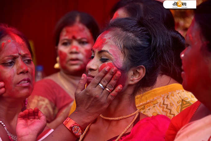 EXCLUSIVE:এবার শারদ কার্নিভালে সোনাগাছির শারদারা!