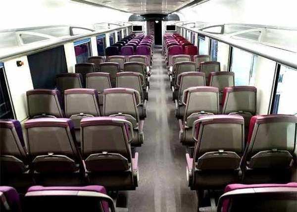एक कोच में कितने यात्री