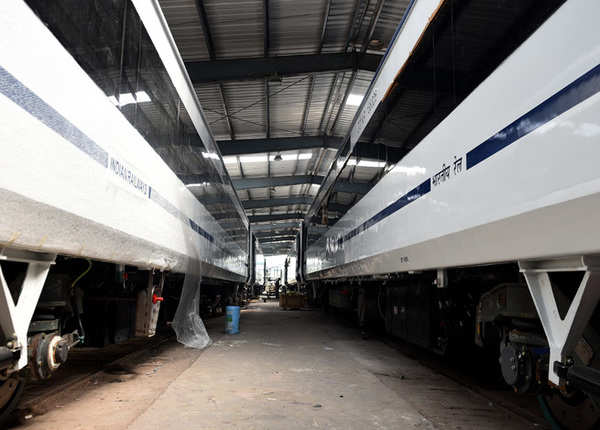 बुलेट ट्रेन का मॉडल