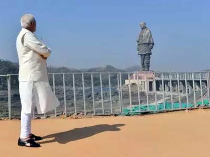 Statue of Unity: महापुरुषांचा गौरव करणं हा गुन्हा आहे का?: मोदी