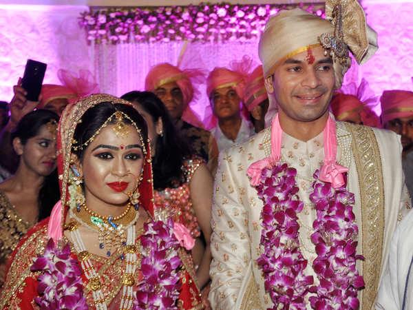 lalus son tej pratap files for divorce from wife aishwarya rai