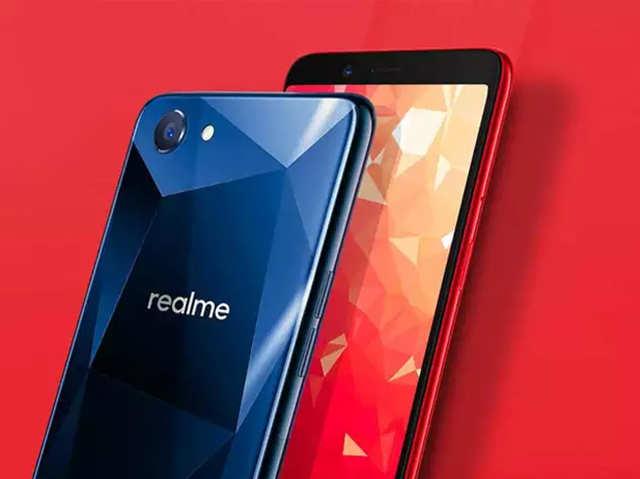 दिवाली के बाद महंगे होंगे Realme स्मार्टफोन्स; जानें वजह