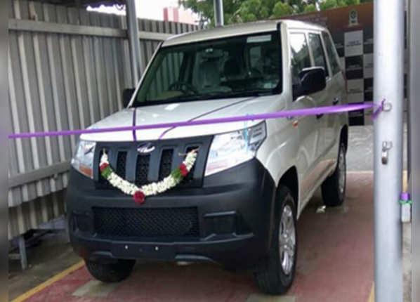 महिंद्रा टीयूवी300 प्लस (Mahindra TUV300 Plus)