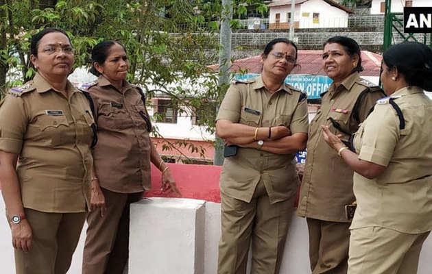 सबरीमाला मंदिर में पहली बार महिला पुलिस की गई तैनात