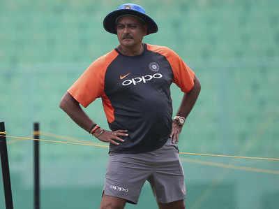 Seeoe Ne Ravi Shaastri Ko Fatakaara, Yeh Best Team Hai Ya Naheen, Logon Ko Faisala Karne Dein