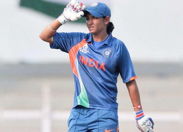 महिला T20I: हरमन से पहले इन महिलाओं ने जड़े शतक