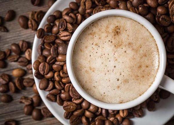हॉट या कोल्ड, कौन सी कॉफी है ज्यादा हेल्दी?
