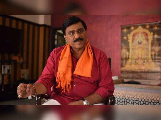 അനധികൃത പണമിടപാട്: ഖനിരാജാവ് ജനാർദ്ദന റെഡ്ഡി കീഴടങ്ങി