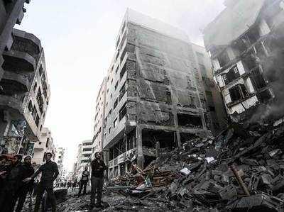 इजरायली हमले में ध्वस्त हुई अल-अक्सा टीवी की इमारत