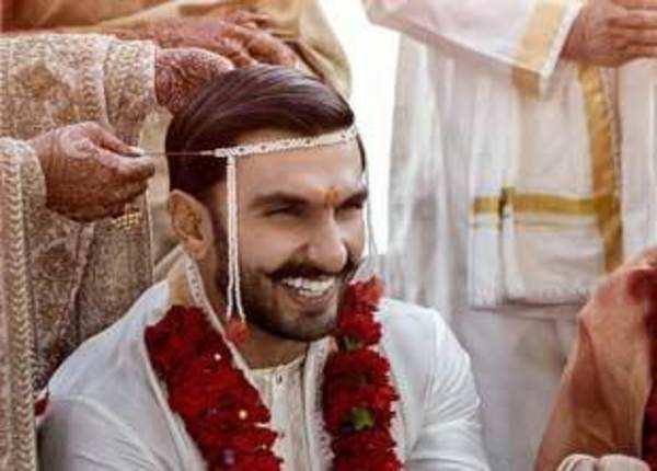 शादी के मंडप में भी रणवीर सिंह की मस्ती
