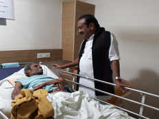 vaiko meets nel jayaraman at apollo hospital