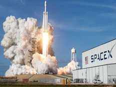 spacex gets nod to launch 12000 broadband satellites report