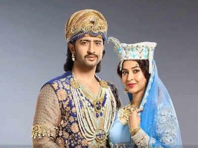 दर्शकों को पसंद आ रही है सलीम-अनारकली की कहानी