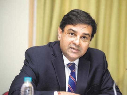 Urjit Patel: उर्जित पटेल यांनी परिपक्वता दाखवली