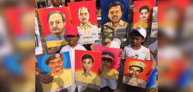 26/11: पेंटिंग बनाकर छात्रों ने दी आतंकी हमले के शहीदों को श्रद्धांजलि