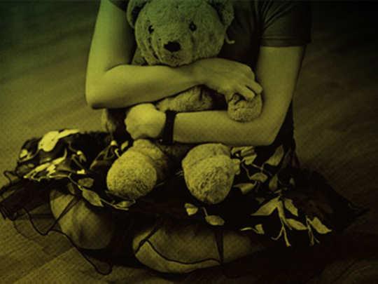 अल्पवयीन मुलीवर अत्याचार; तरुणाला अटक