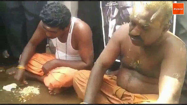 rajinikanth fans are eating man soru in madurai