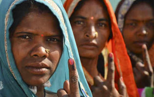 MP: EVM से छेड़छाड़ का दावा कर कांग्रेस ने चुनाव आयोग से पुनः मतदान का किया आग्रह