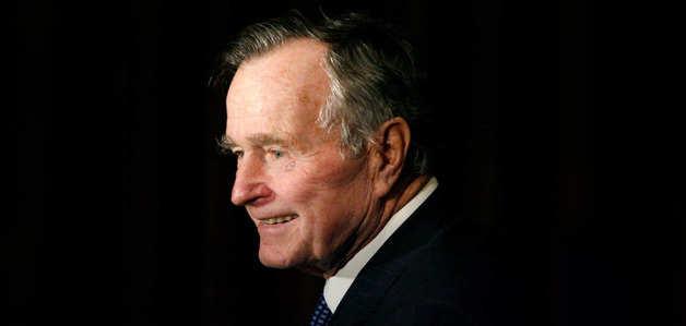 अमेरिका के पूर्व राष्ट्रपति जॉर्ज बुश सीनियर का 94 साल की उम्र में निधन