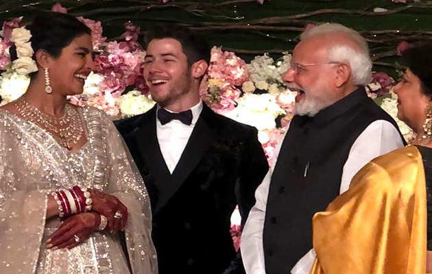 प्रियंका चोपड़ा-निक जोनस की दिल्ली रिसेप्शन: PM नरेंद्र मोदी ने दिया कपल को आशीर्वाद