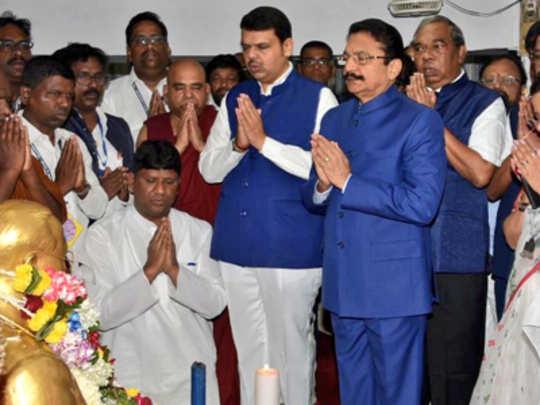 governor-at-chaityabhumi