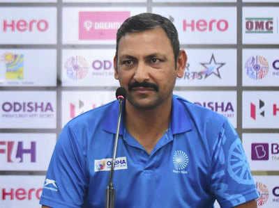 भारतीय टीम के कोच हरेंद्र सिंह