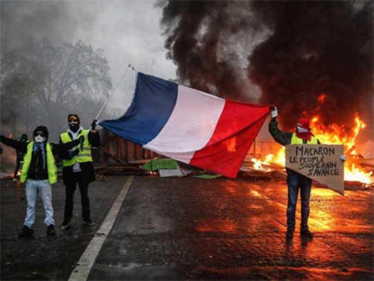 युरोपातील दंग्यांचा अर्थ