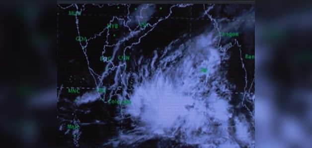 Severe cyclone to hit Andhra Pradesh and Tamilnadu, warning issued