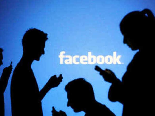 YouTube के लिए खतरा बना Facebook, महीने में 40 करोड़ लोग देख रहे वीडियो