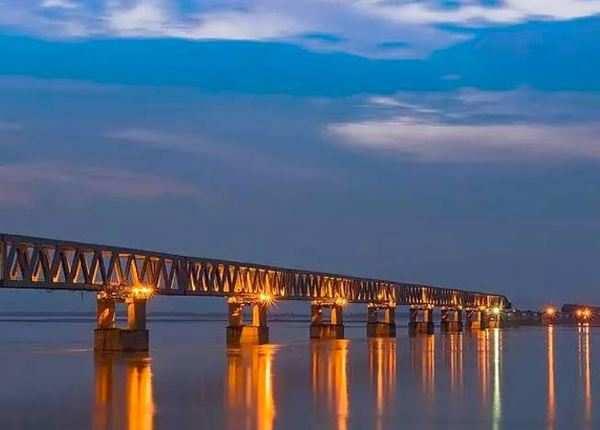 देश का सबसे लंबा पुल जिसपर साथ दौड़ेगी ट्रेन और कार