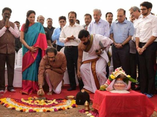 मुंबई: कोस्टल रोडचे उद्धव ठाकरेंच्या हस्ते उद्घाटन