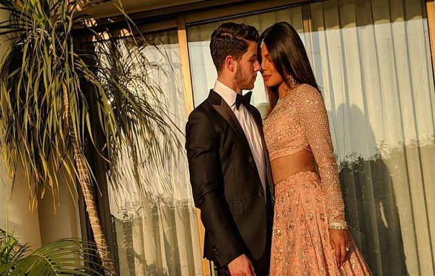 प्रियंका चोपड़ा इसे कर रही थीं मिस, फिर से मिलने पर पोस्ट की तस्वीर