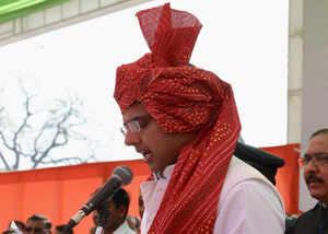 sachin pilot wears safa on his head after 5 years