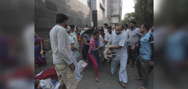 मुंबई: अंधेरी के कामगार अस्पताल में आग, 8 की मौत, सैकड़ों घायल