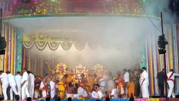 vaikuntadwara darshanam in bhadrachalam temple