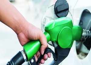 fuel prices hike again petrol sold at rs 70 63 in delhi